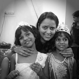 Adv. Ms. Sadhna Pathak